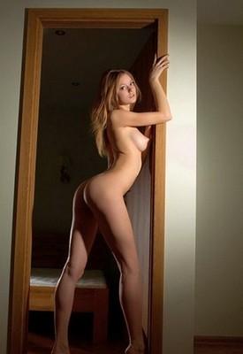 escort girl Laura