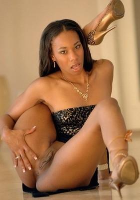 Leslie escort girl Roncq