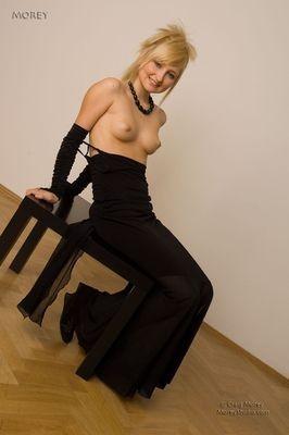 escort girl Karina